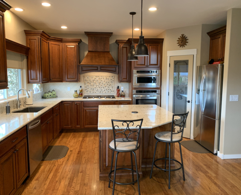 kitchen remodel, traditional kitchen, quartz counter tops, undermount sink, cherry cabinets, wood floors, custom backsplash, stainless steel appliances, walk in pantry